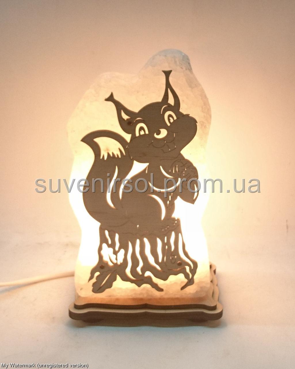 Соляная лампа Белка на пеньке