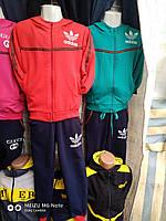 Спортивный костюм на для девочки 6-10 лет красного, бирюзового с синим цвета с капюшоном Adidas оптом
