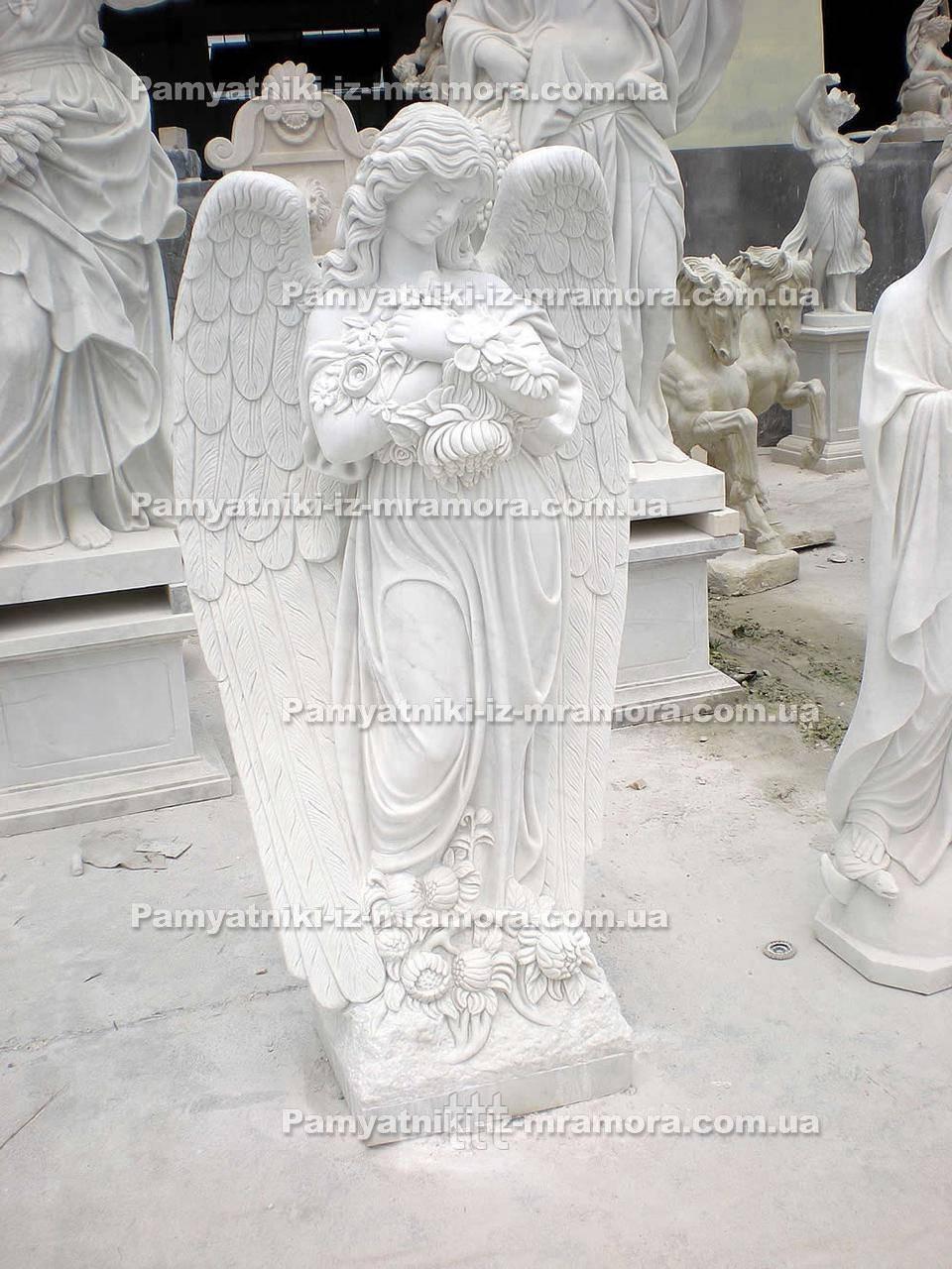Ангел и цветами №19