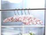 Набор объемных мягких вешалок для деликатных вещей сатин 38см.(набор 3 шт.), фото 6