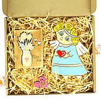 """Оригинальный весенний подарок на 8 марта """"ангел весны"""", керамический сувенир ангел с открыткой 26х28 см."""