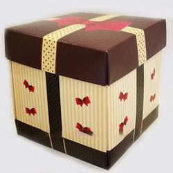 Упаковка для гуртки картонна з кришкою (бант)