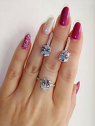 Серебряное кольцо и серьги - комплект