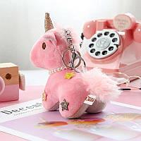 Меховой брелок единорог (розовый) Br006
