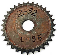 Звёздочка Z-32 шаг цепи t-19.5 диаметр отверстия  44мм.