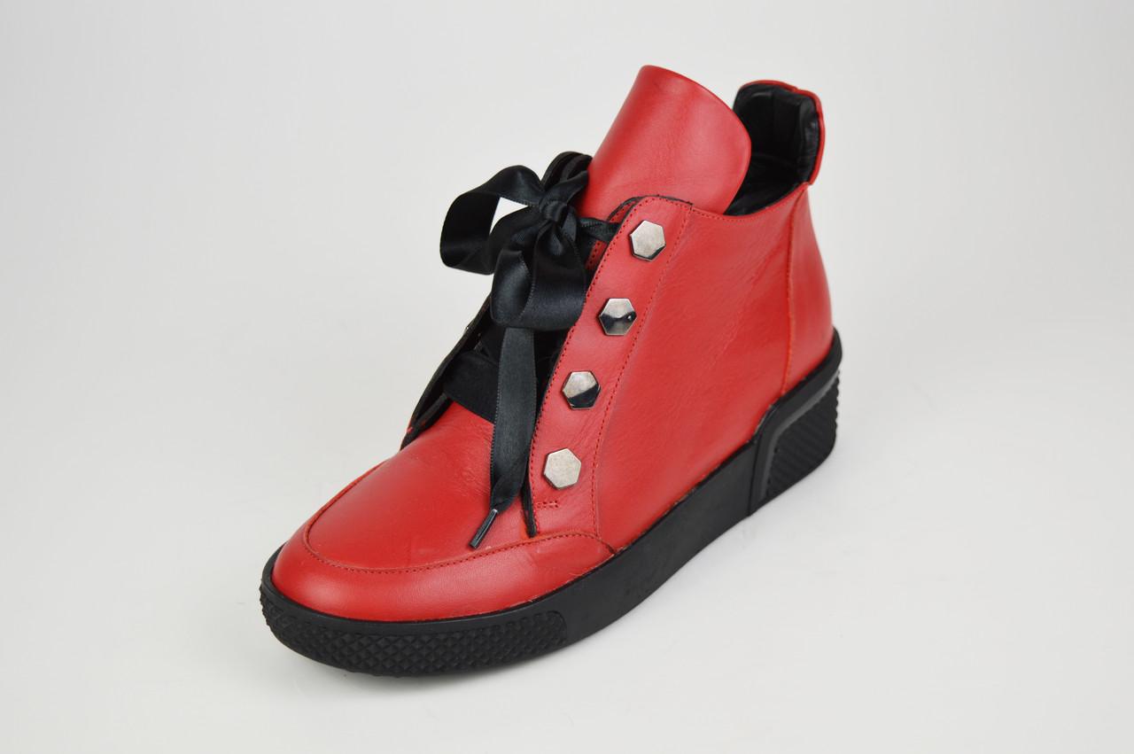 Ботинки кожаные красные Euromoda 368