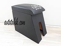 Подлокотник ВАЗ 2121-21213 Нива Тайга черный с вышивкой, фото 1