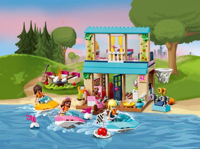 Будиночок Стефані біля озера