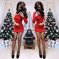Короткое нарядное платье c люрексом на один рукавчик красное