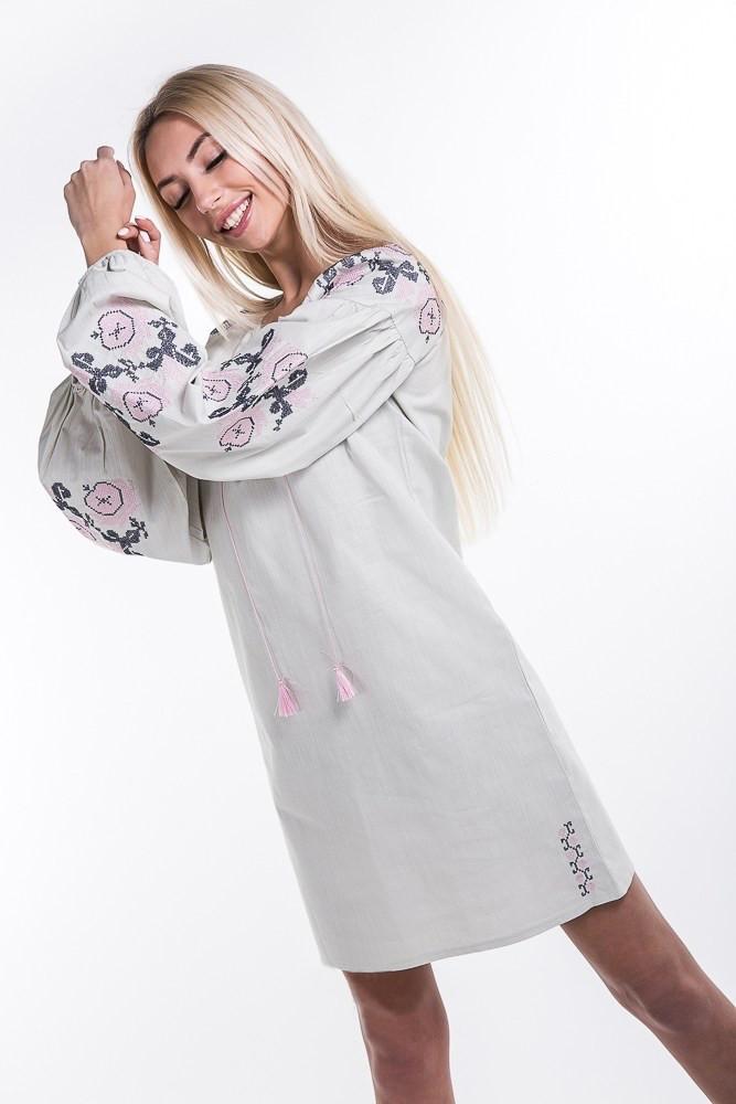 Льняное платье-вышиванка Очарование с рукавами фонариками грязно-молочное