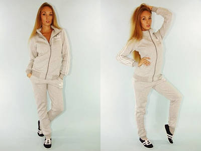 Женский спортивный костюм Adidas AM4