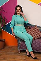 Превосходный костюм украшен гипюром, фото 3
