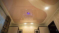 Глянцевый натяжной потолок Марсель 1011 двухуровневый светло-коричневый