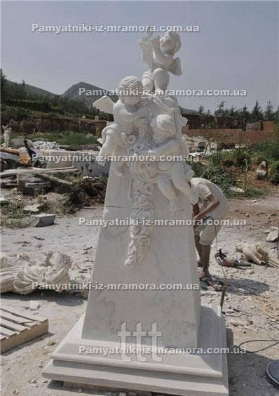 Надгробие из мрамора с тремя ангелочками №63