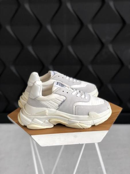 Кроссовки женские Balenciaga Triple s V2 White+. ТОП КАЧЕСТВО!!! Реплика класса люкс (ААА+)