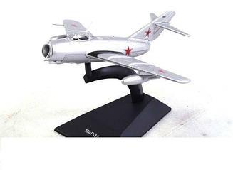 Модель Легендарні літаки (ДеАгостини) Міг-15 (1:93)
