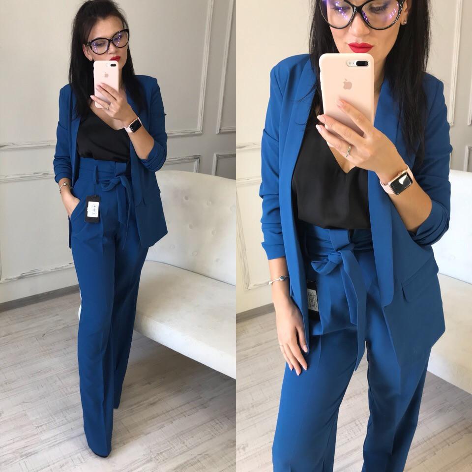 9905d8449f6 Женский брючный костюм с брюками клеш и удлиненным пиджаком  продажа ...
