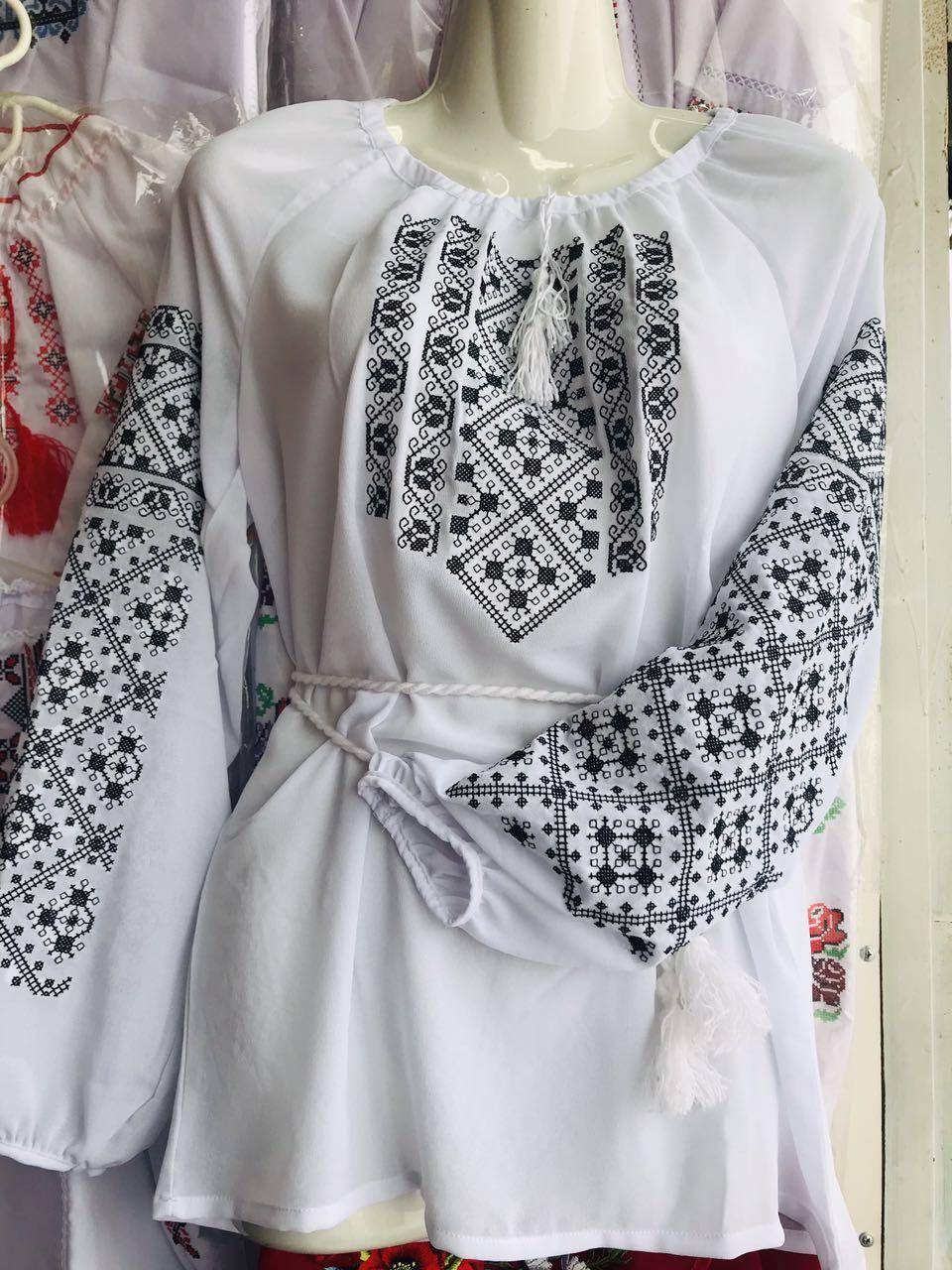 Вышитая женская блуза креп-шифон (рр.42-58)