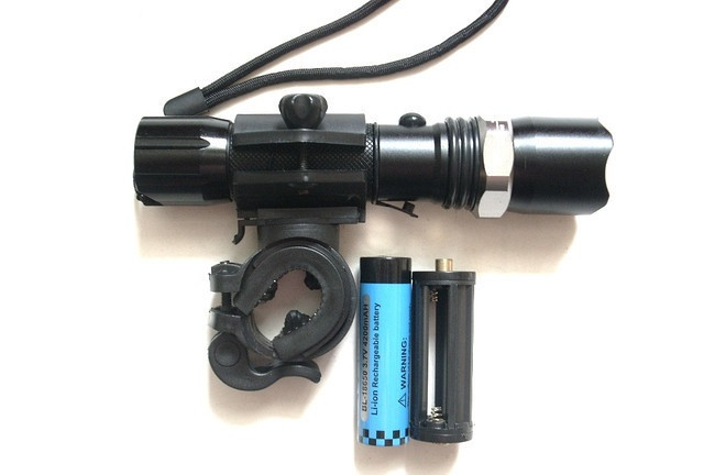 Тактический фонарик с креплением Bailong BL-T8628