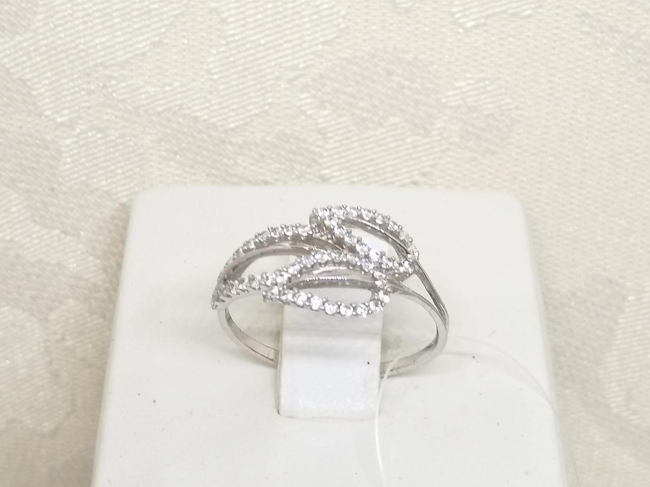 Серебряное кольцо с фианитами. Артикул 901-00414 16,5