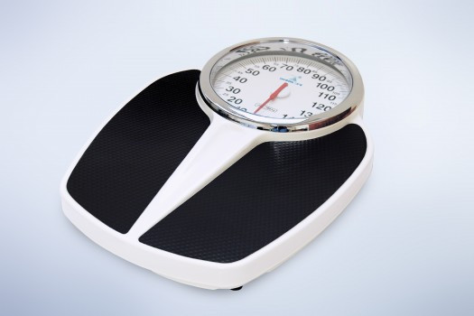 Весы напольные механические Момерт (Momert 5210), с большим циферблатом, черные, до 160 кг, Венгрия