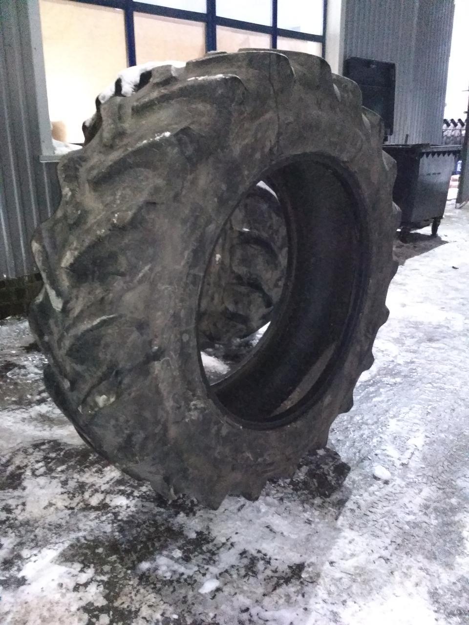 Шина б/у 520/85R42 (20.8R42) Good Year для трактора MASSEY FERGUSON, NEW HOLLAND