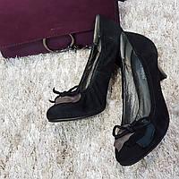 Туфли женские на каблуке из натуральной кожи черные