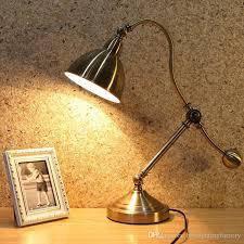 Светильники светодиодные настольные