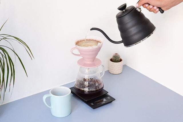 Керамический Пуровер HARIO V60 PINK Model розовый, купить пуровер для заваривания кофе