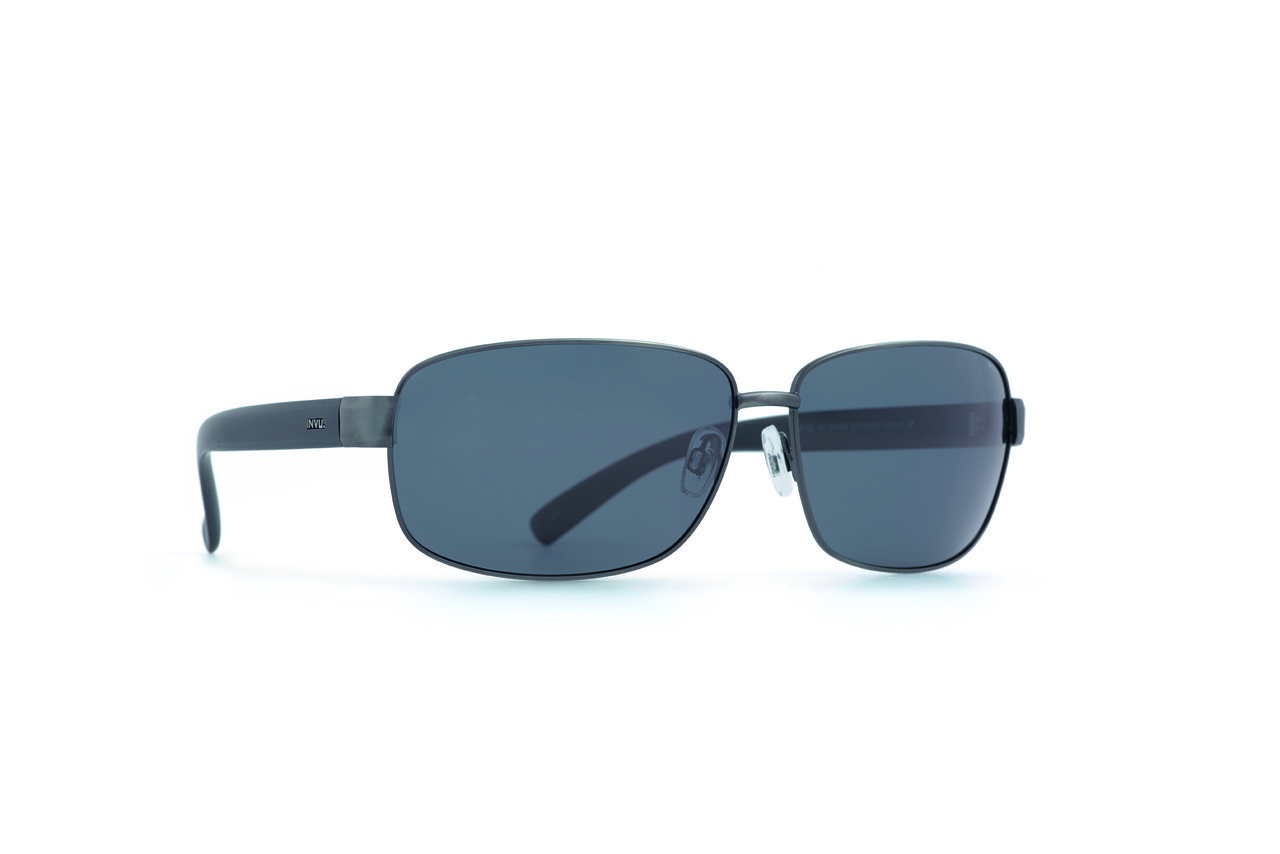 Мужские солнцезащитные очки INVU модель B1816B