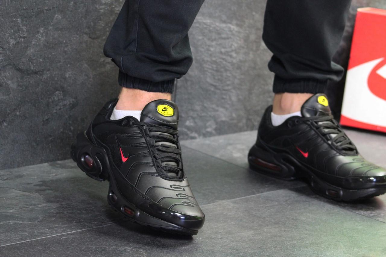 Мужские кроссовки Nike Air Max Tn (черно-красные) весна-осень