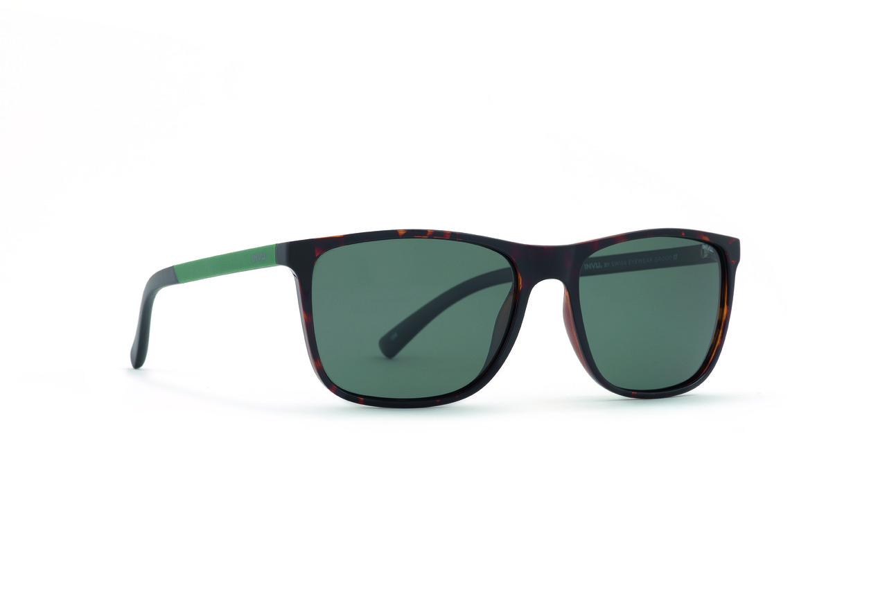 Мужские солнцезащитные очки INVU модель B2943B