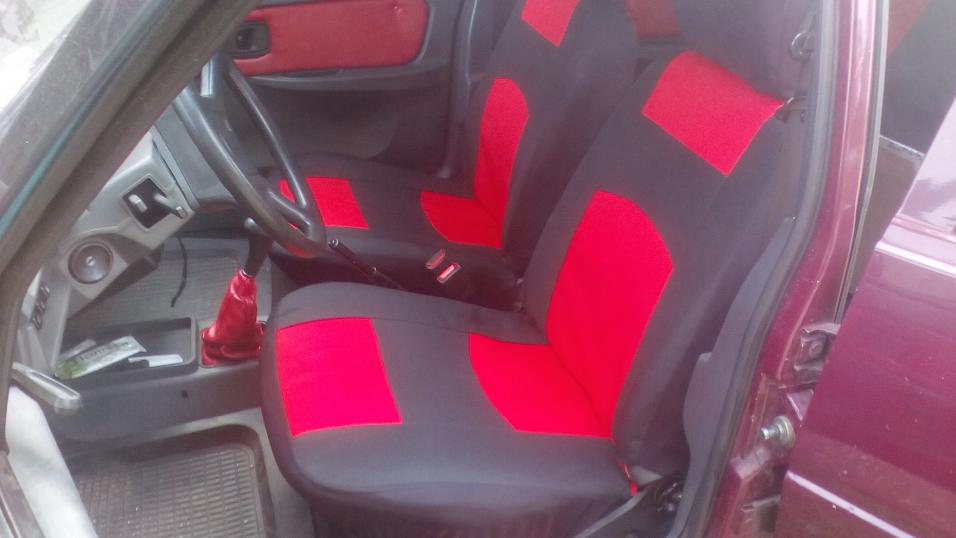 Чехлы сидений Ваз 2113, 2114, 2115 с красными вставками
