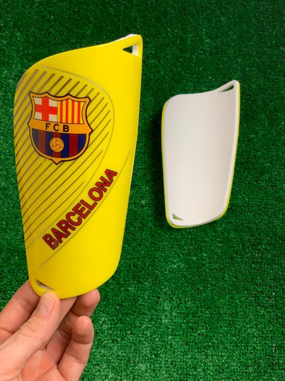 Щитки для футбола  Барселона  Желтые 1089(реплика)