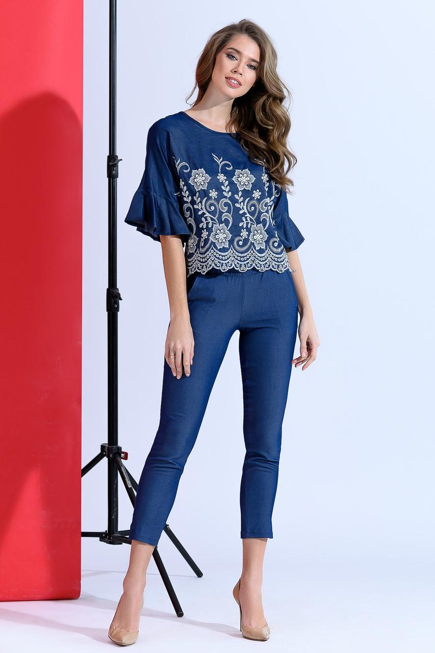 Джинсовая блуза с воланами