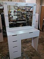 Стол для макияжа с одной тумбой и зеркалом в раме с подсветкой А199