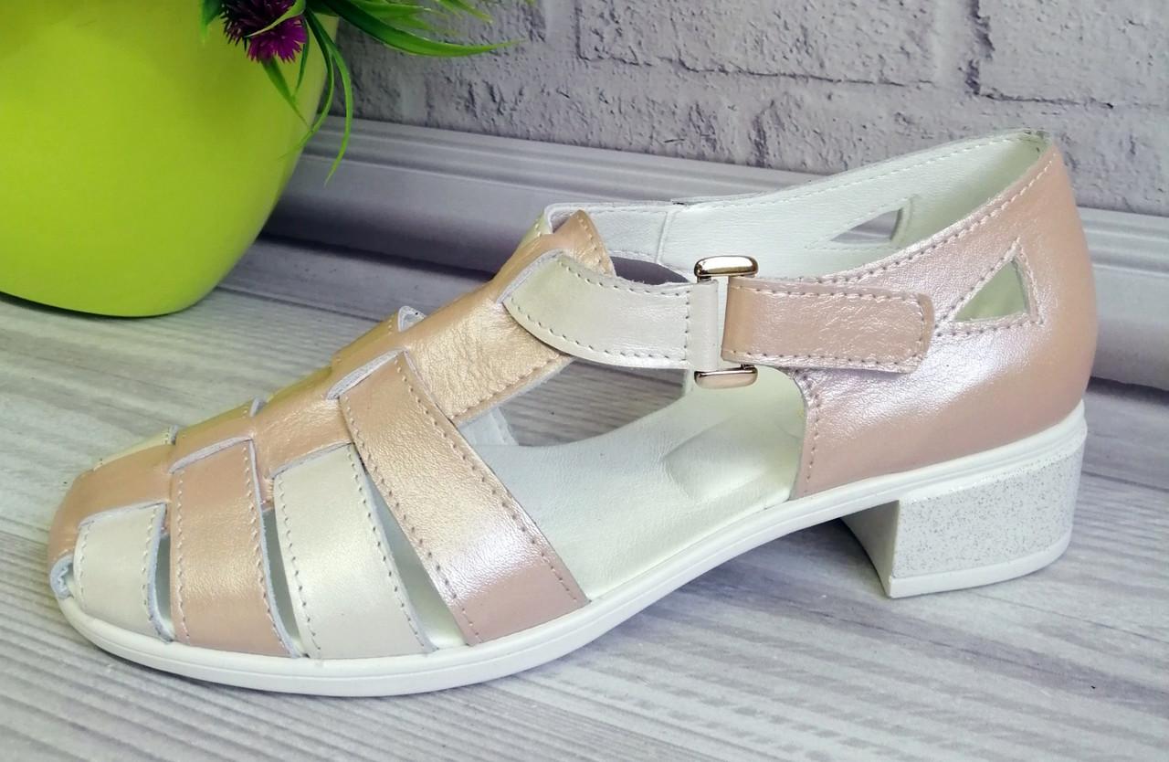 Босоножки кожаные на каблуке. Обувь от производителя.
