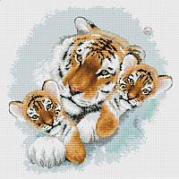 Набор для вышивания крестиком Тигрица и тигрята. Размер: 30,5*31 см