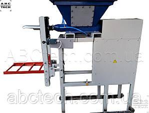 Дозатор шнековый для пылящих в клапанный мешок