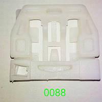 Скрепка стеклоподъемника передняя дверь, левая Skoda Octavia (1998-2006)S0088