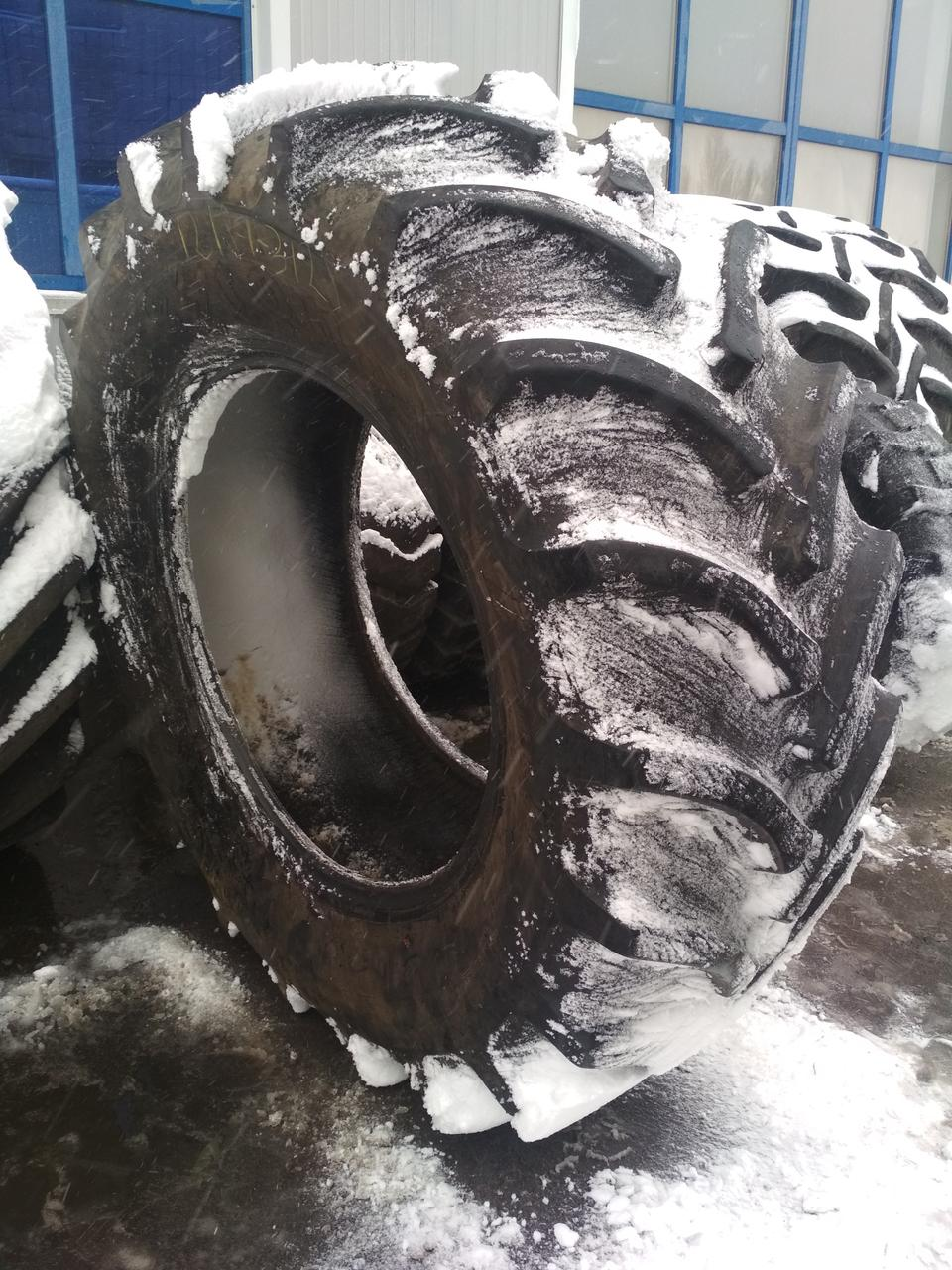 Шины б/у 710/70R42  Firestone Radial Traction DT на комбайна