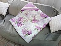 Детский плед-конверт с капюшоном стёганный для девочки на выписку, в коляску, в кроватку с цветочным принтом