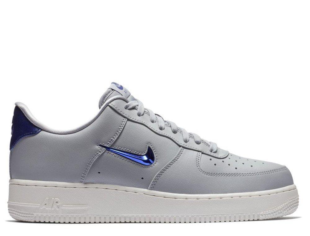 Мужские кроссовки  Nike Air Force 1 '07 LV8  AJ9507-002