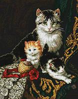 Набор для вышивания крестиком Кошка и котята. Размер: 24,5*31 см