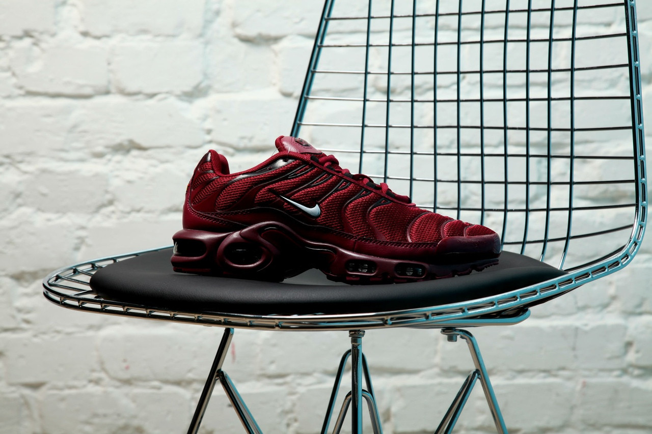promo code 1002b e3dcf Мужские кроссовки в стиле Nike Air Max Tn Plus (burgundy), Найк Аир Макс Тн  Плюс (Реплика ААА)