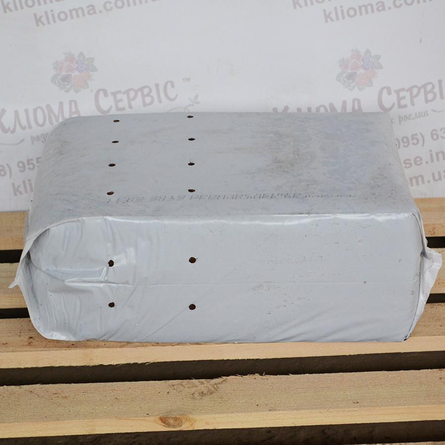 Торф верховой кислый в мешках 3.5-4.5 Ph фр. 7-30 мм, 100 л