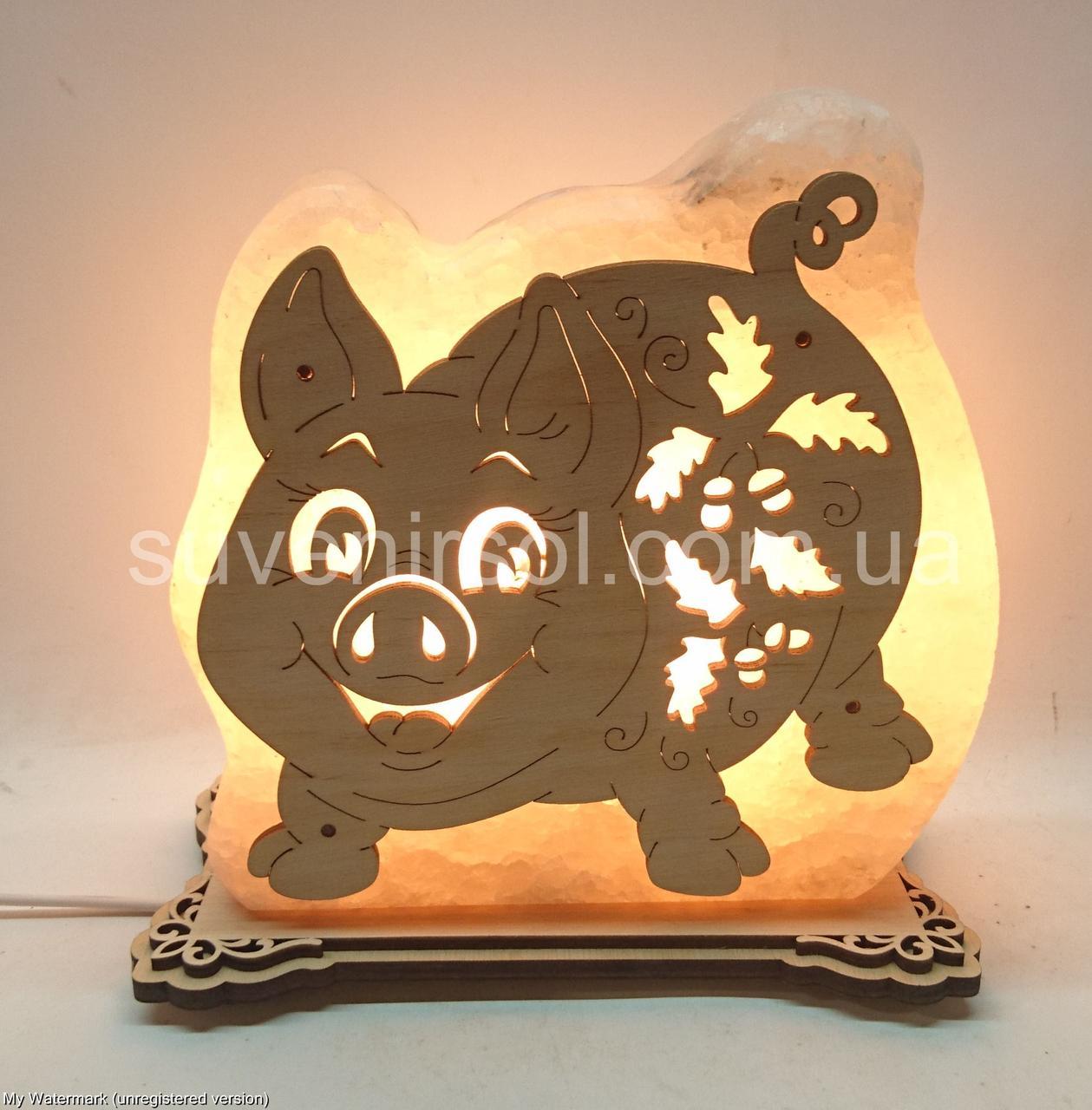 Соляная лампа Хрюшка в листьях