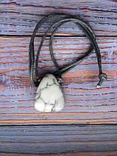 Камінь на шнурку   Кахалонг оберіг   Натуральний камінь з отвором