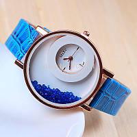 Женские наручные часы Wxre с хрусталиками внутри