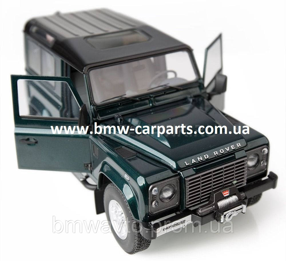 Модель автомобиля Land Rover Defender 90, Scale 1:18
